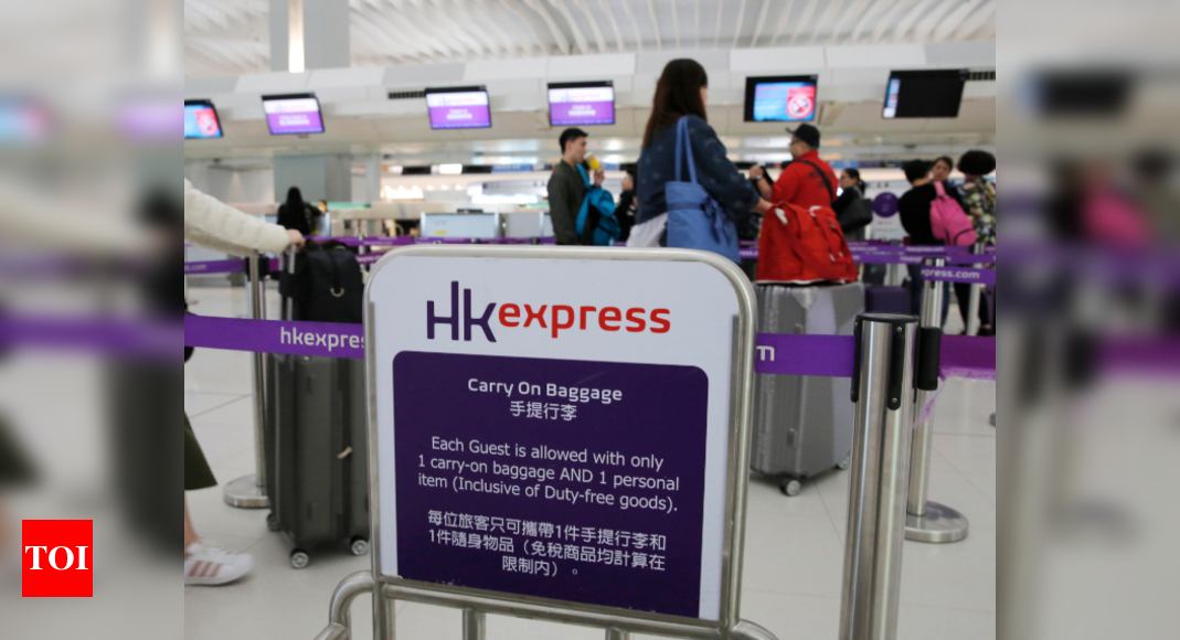 HK airline forces passenger to take pregnancy test