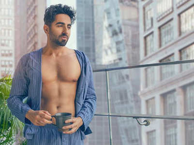 Pic: Ayushmann flaunts his washboard abs