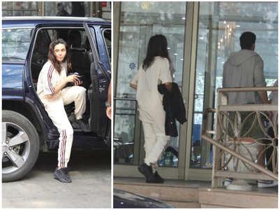 Pics: Farhan-Shibani visit Shabana at hospital