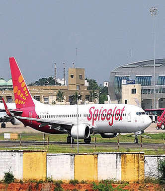 SpiceJet ends expat pilot's contract while on leave