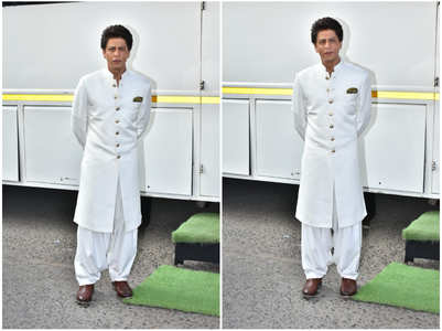 Photos: Shah Rukh Khan rocks Pathani look