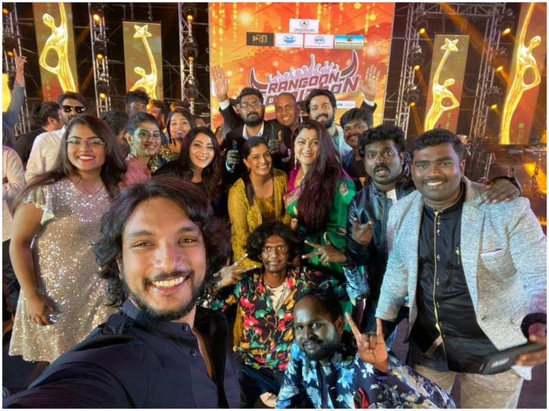 Gautham Karthik honoured with Rangoon Tamizhan award