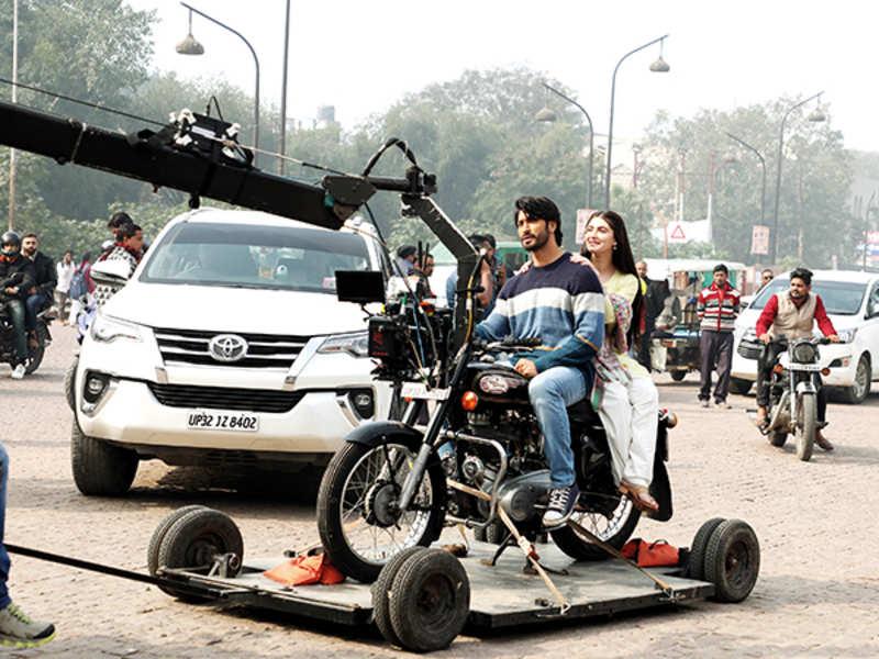 Vidyut Jammwal and Shivaleeka Oberoi (BCCL/ Aditya Yadav)