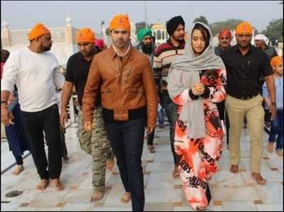 SD3D: Shraddha,VD seek blessings in Delhi