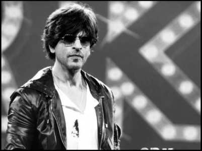 SRK's funny reply to a fan who asks about Mannat