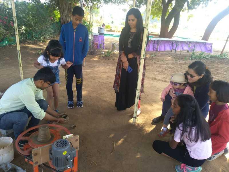 IITGN members enjoys a farm tour