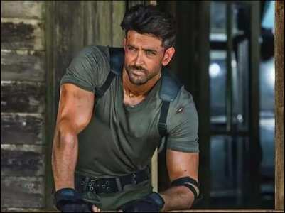Hrithik wants to play a cop's character!