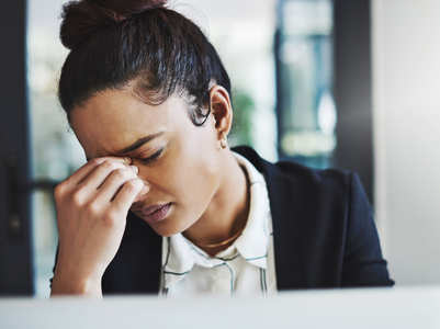 Deficiency of this vitamin could be the real reason behind your frequent migraine pain
