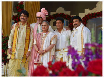 Big B happily poses with Nagarjuna & others