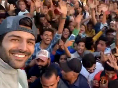 Watch: Kartik creates fan frenzy on film sets