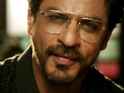 SRK marks #3YrsOf Raees with hilarious clip