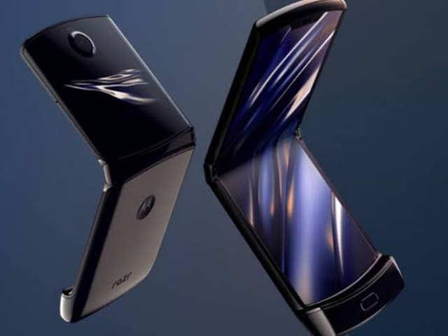Motorola tells you how to take care of the Moto Razr
