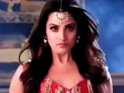 Anita returns as Naagin Vishakha, watch