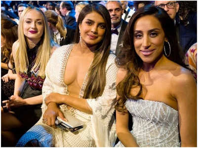 Suchitra defends Priyanka's Grammy look