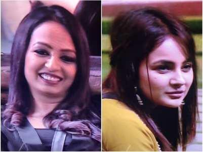 Kashmera calls Sana fake; latter gets angry