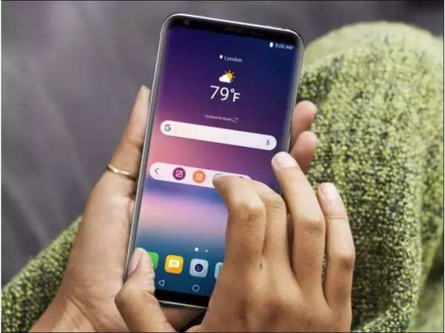 Government may restore 2% additional duty incentive on mobile phones export: Sources