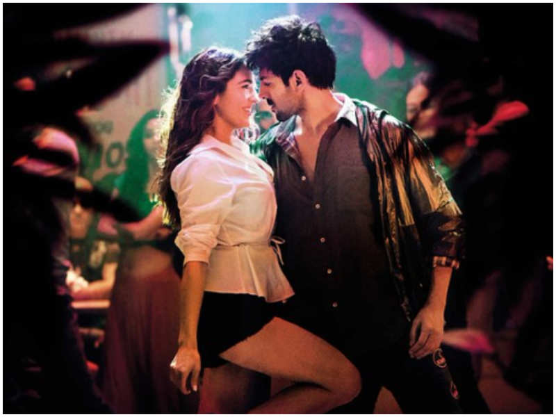 Love Aaj Kal': This still featuring Sara Ali Khan and Kartik Aaryan from  'Haan Main Galat' is unmissable! | Hindi Movie News - Times of India