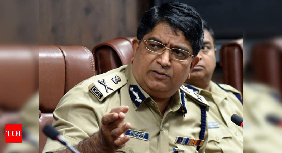 Bengaluru Top Cop claims 3 Lakh Bangladeshis in Karnataka - 3000 left in fear