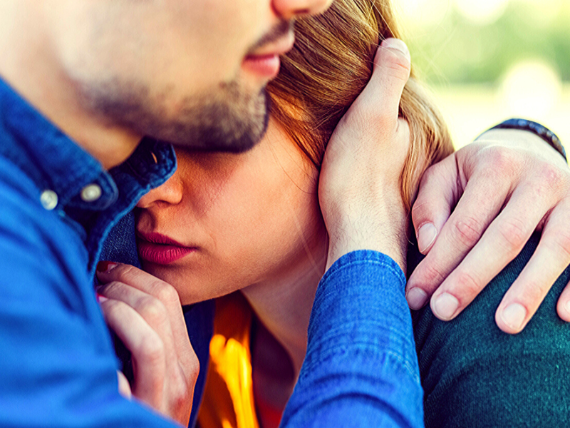 Is separation anxiety killing your relationship? Here's how to deal with it - Times of India