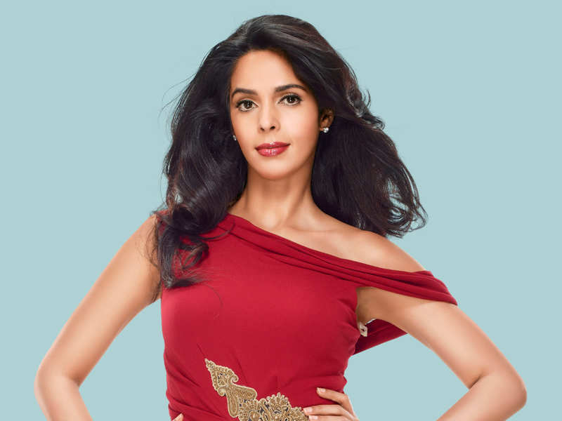 Mallika to play a modern-day queen in her Kollywood comeback