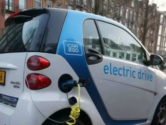 Skills that the electric vehicle business in India needs