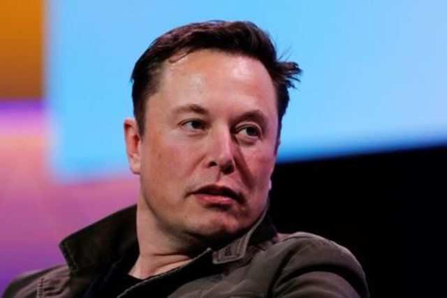 Tesla CEO Elon Musk makes fun of WhatsApp