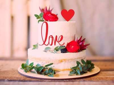 5 cheapest ways to customise your Valentines Day cake