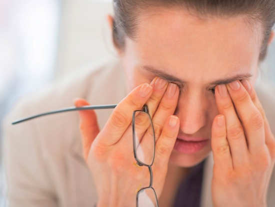 The kind of eye problems that you should not ignore at any cost