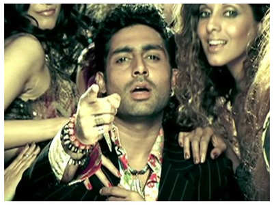 'Dus Bahane' was most played song of 2005