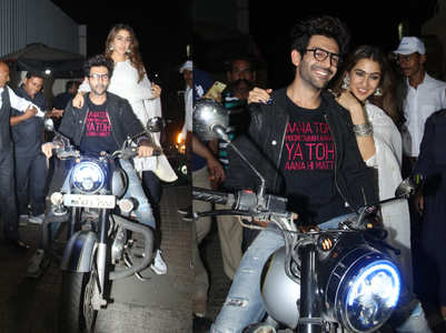 Video: Sara-Kartik arrive in style on a bike