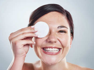 How to remove make-up without remover