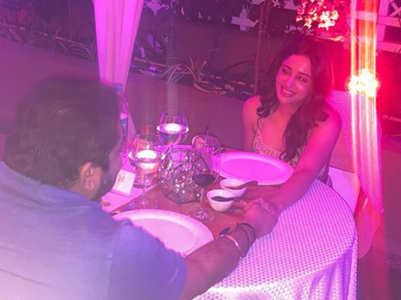 Neha spends romantic V-day with hubby