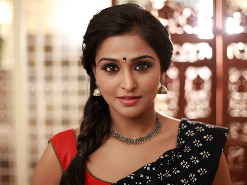 Ramya Nambeesan makes her directorial debut with 'The Hide (UN) Learn'