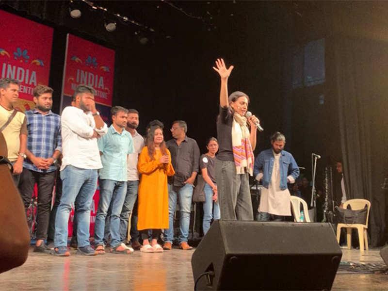 Mumbaikars celebrate their love for India, with 'India My Valentine'