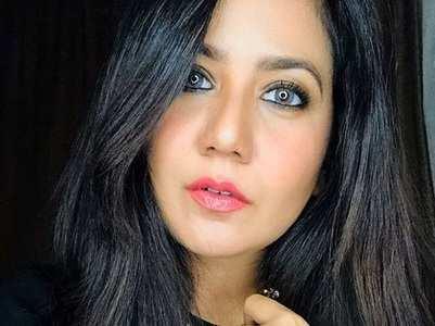 Roopal slams TV for regressive content