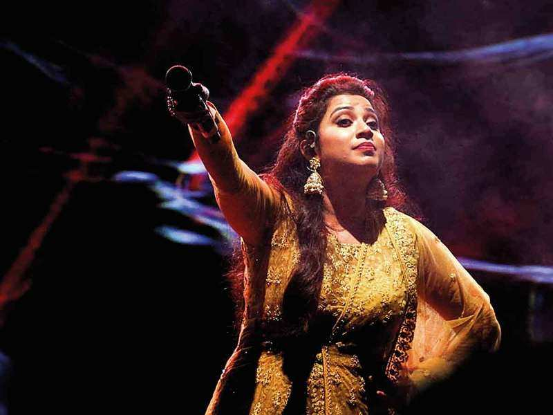 When Shreya had the city  grooving to her melodies