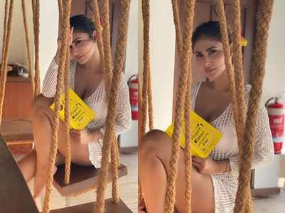 Mouni looks exquisite in her latest pictures!