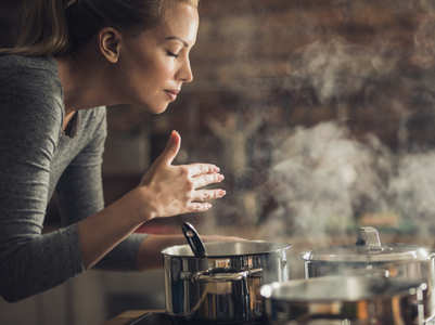 Smelling this ONE food can make you feel fuller