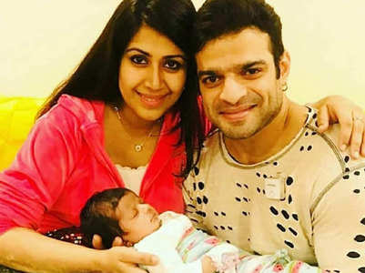 Karan changes Mehr's diapers; salutes all moms