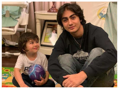 Taimur poses with Malaika's son Arhaan Khan