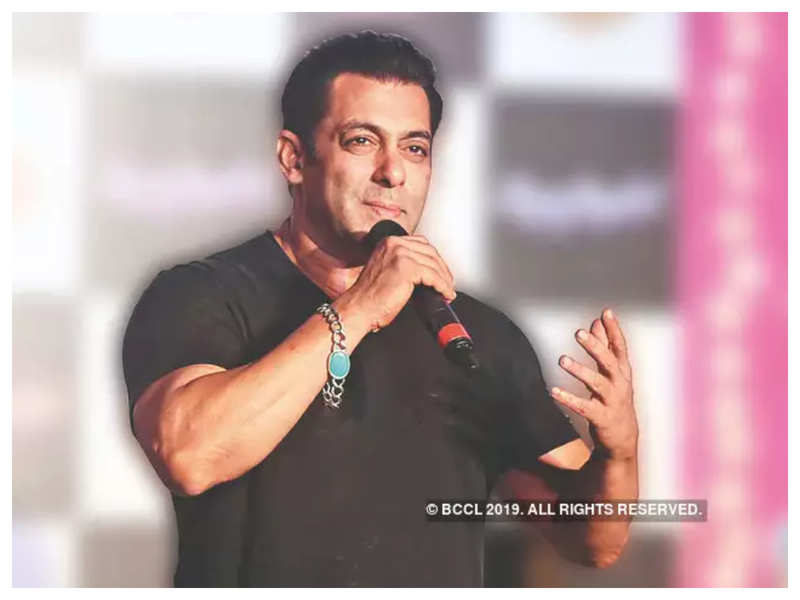 Salman Khan to announce yet another project by the end of the month?