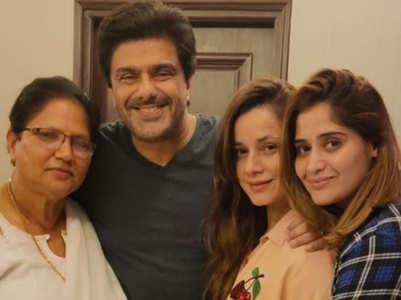 BB: Arti reunites with BFFs Samir-Neelam