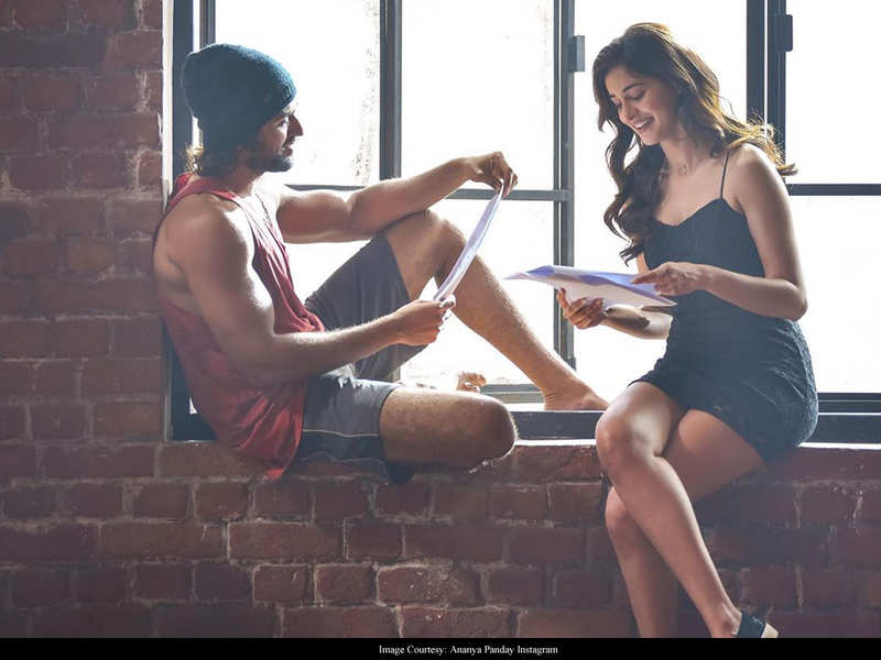 Ananya Panday and Vijay Deverakonda's BTS pictures have LOVE written all over