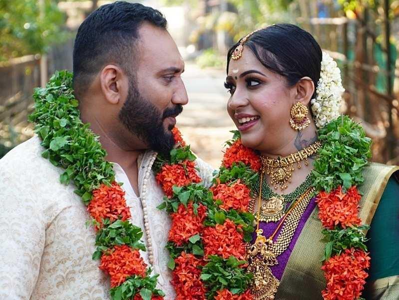 'Immini Balyoru Fan' judge Sowbhagya Venkitesh ties the knot with long-term boyfriend Arjun Somasekhar