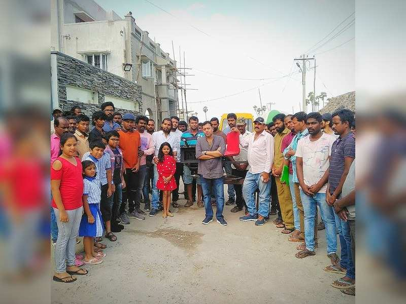 Maha crew pays homage to the deceased technicians