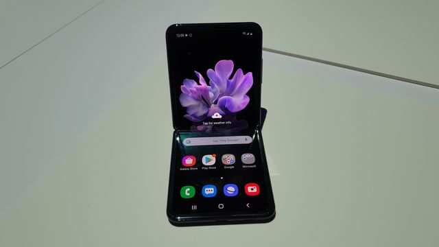 Samsung Galaxy Z Flip foldable phone with Snapdragon 855+ processor launched in India