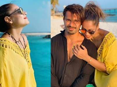Bipasha-KSG give us major couple & vacay goals