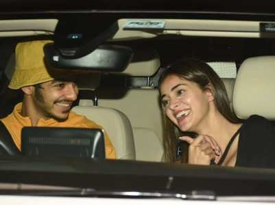 Pics: Ishaan - Ananya arrive together in a car