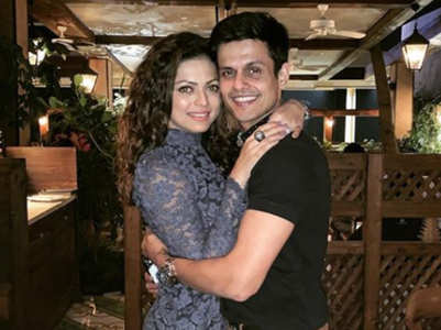 Drashti-Niraj celebrate 5th wedding anniv.