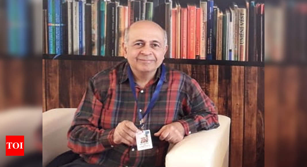 Football expert Novy Kapadia not able to avail DU pension